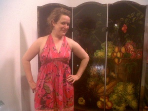 tARTist Kathleen Vance in front of her collaboration with Jessica Hargreaves.